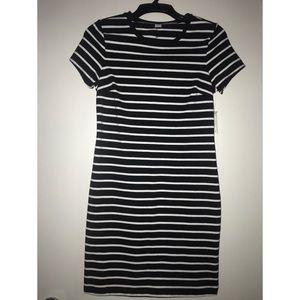 Old Navy T-shirt Striped Dress